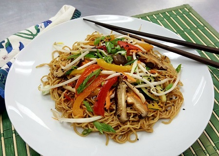 Vegetable Chow Mein - HEALTHY!