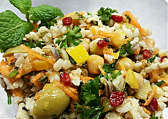 Moroccan Rice Salad with Chickpeas